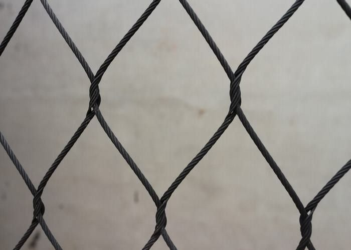 1.6mm Black Oxide Wire Rope Mesh Stainless Steel Aviary Mesh